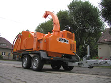 Towable Jensen A328 chipper