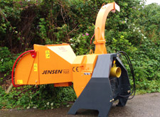 Jensen A425 chipper