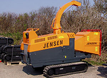 Tracked Jensen A425 chipper