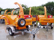 Towable Jensen A425 chipper